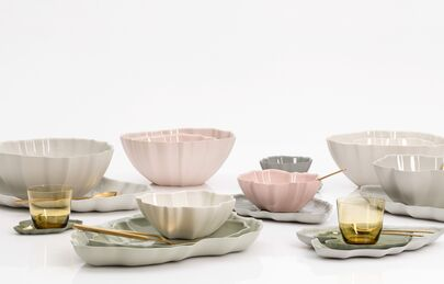 FLOWERS & LEAVES | tableware . NEW!